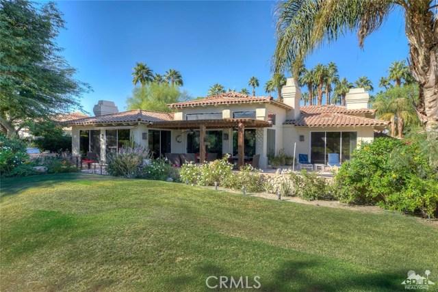 54015 Southern Hills, La Quinta CA: http://media.crmls.org/medias/23c794dd-a352-400e-b55a-2a5cdddcb8d7.jpg