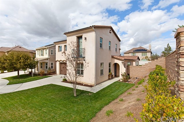 32154 Tall Oak Ct, Temecula, CA 92592 Photo 3