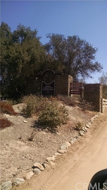 48 Mesquite, Rancho Santa Margarita CA: http://media.crmls.org/medias/23d2b153-37e3-4c36-b326-03ad672c55da.jpg