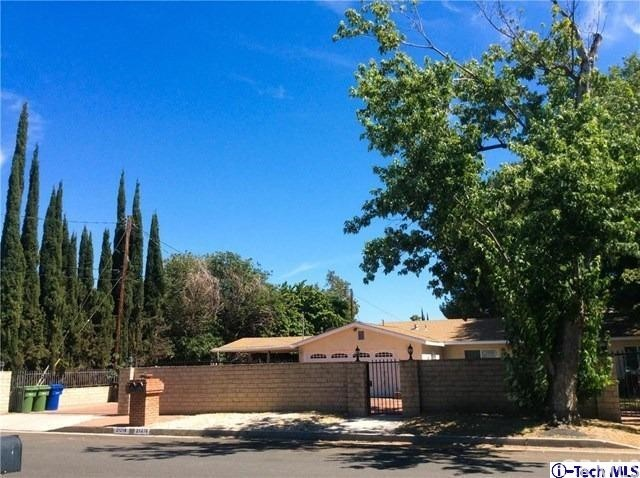 Single Family Home for Sale at 21218 Chase Street Canoga Park, California 91304 United States