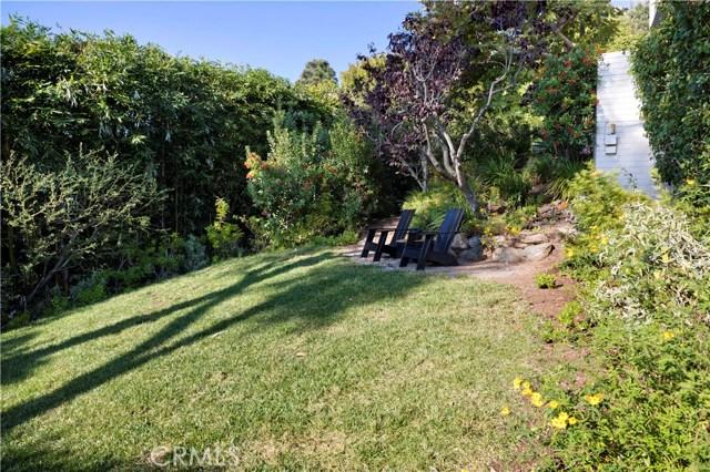 1639 Eleanor Lane, Laguna Beach CA: http://media.crmls.org/medias/23e09452-9106-45c3-800e-8e29840f5d2e.jpg