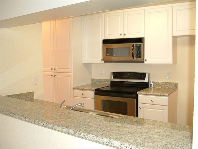 838 Pine Avenue Unit 418 Long Beach, CA 90813 - MLS #: OC18113299