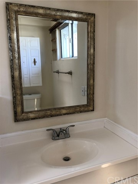 1241 N Mayflower Circle Ridgecrest, CA 93555 - MLS #: OC18019785