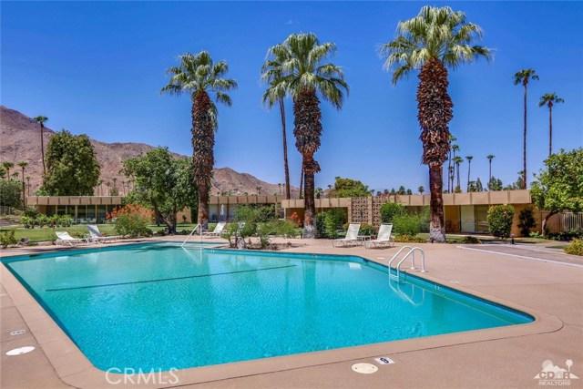 72783 El Paseo, Palm Desert CA: http://media.crmls.org/medias/2402caa5-e97e-4d09-8841-28cef415eb07.jpg