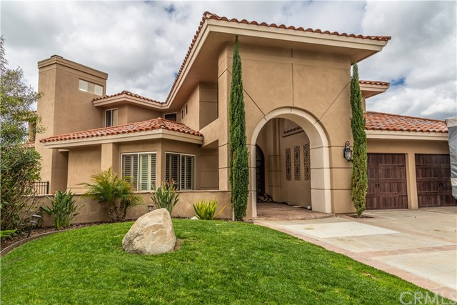 Photo of 30575 Willowbrook Place, Canyon Lake, CA 92587