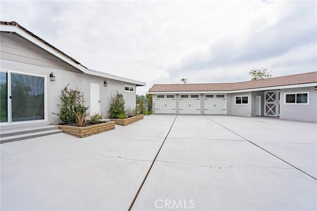 1730 La Mesa Oaks Drive, San Dimas CA: http://media.crmls.org/medias/24161ea0-3911-4a2b-bfc7-bd60a0b43374.jpg