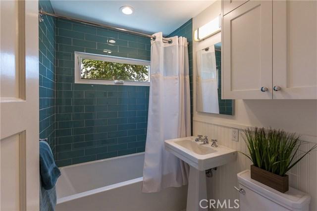 510 W Lime Avenue, Monrovia CA: http://media.crmls.org/medias/24190853-8030-4ec5-82fc-2f06adf52e32.jpg
