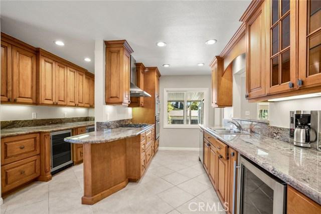 3406 Twilight Drive, Fullerton CA: http://media.crmls.org/medias/241e86d4-da6d-4630-983a-f9355bfa83a3.jpg