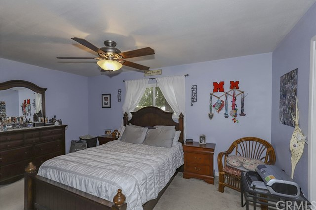 3415 Virginia Street, Atwater CA: http://media.crmls.org/medias/2422dc5c-01c8-4976-aaec-78f1f264be88.jpg