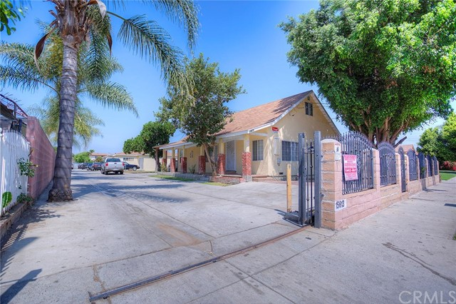 Single Family Home for Sale at 15615 S White Avenue Compton, California 90221 United States
