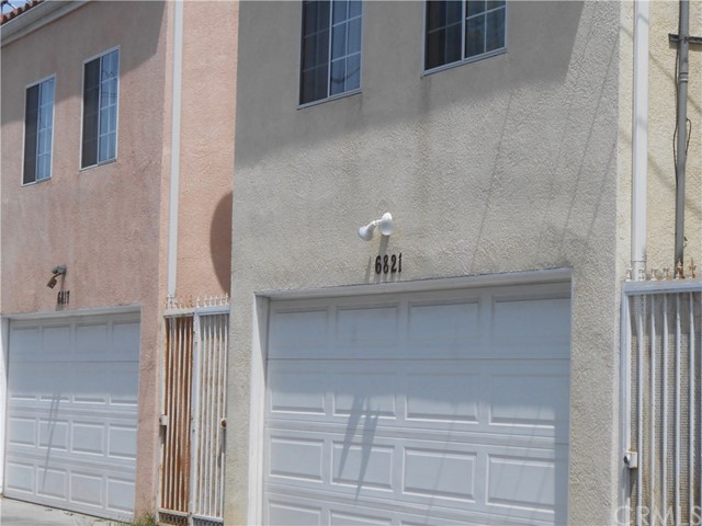 6817 S Western Av, Los Angeles, CA 90047 Photo 3