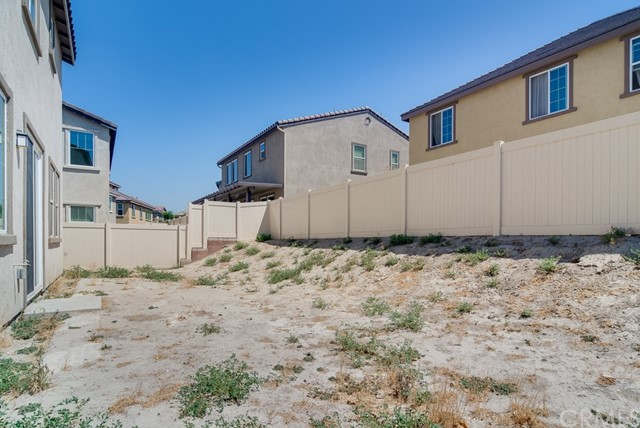 16239 Solitude Avenue, Chino CA: http://media.crmls.org/medias/24283818-ca15-456b-981f-8422b9faa1ea.jpg