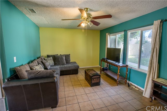 2163 W Essex Cr, Anaheim, CA 92804 Photo 12