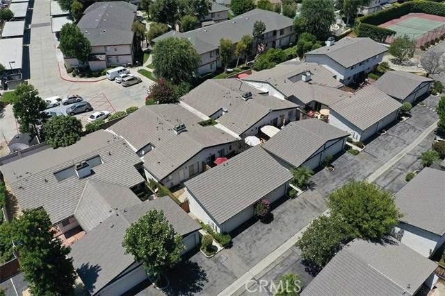 1034 Royal Oaks Drive, Monrovia CA: http://media.crmls.org/medias/242fb4fb-9c4e-4863-8c81-ad550be40f68.jpg