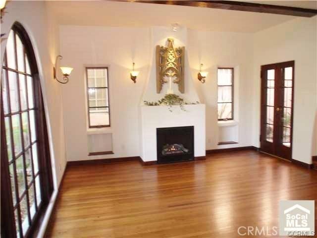 Condominium for Rent at 3220 2nd Street E Long Beach, California 90803 United States