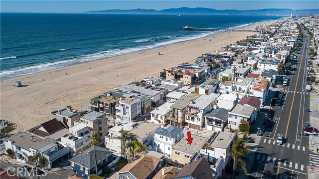 136 Neptune Ave, Hermosa Beach, CA 90254 photo 2