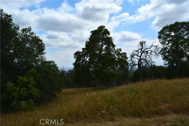 4 Buck Lane, Coarsegold CA: http://media.crmls.org/medias/24440182-39e6-4952-8772-d2dc75f11b36.jpg