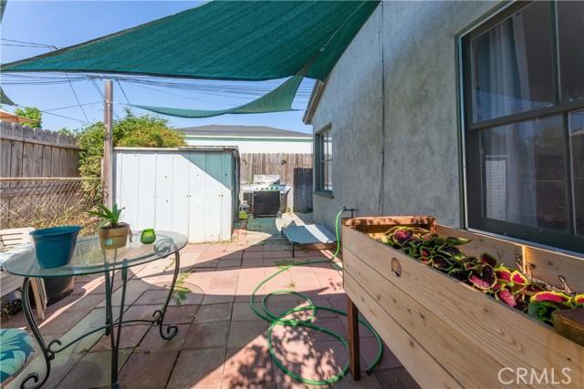 3707 Cerritos Avenue, Long Beach CA: http://media.crmls.org/medias/24490f54-b340-44d4-b513-83816b63c122.jpg