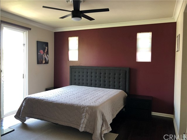 450 E Jeanette Lane, Santa Ana CA: http://media.crmls.org/medias/244e0829-92e2-405f-9e68-f64e1ec31c05.jpg