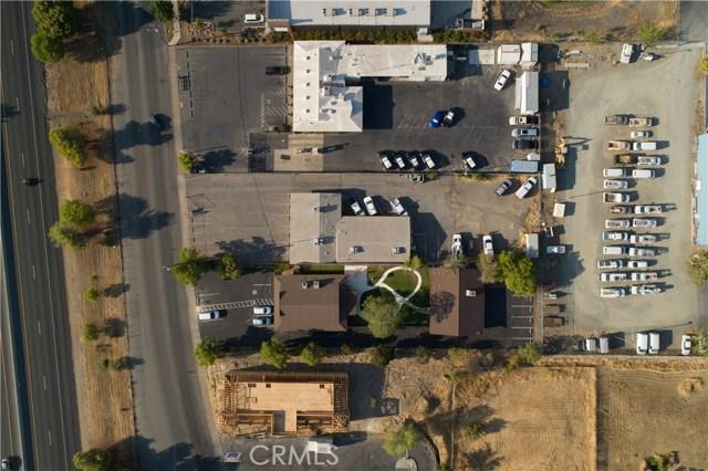 2060 3rd Street, Oroville CA: http://media.crmls.org/medias/2450fe82-2ed1-49e1-b927-02de357510e4.jpg