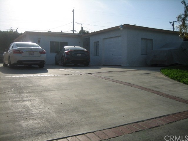 1614 S Pleasant Avenue, Ontario CA: http://media.crmls.org/medias/246a9214-e193-4f67-bf45-84a734276dc6.jpg