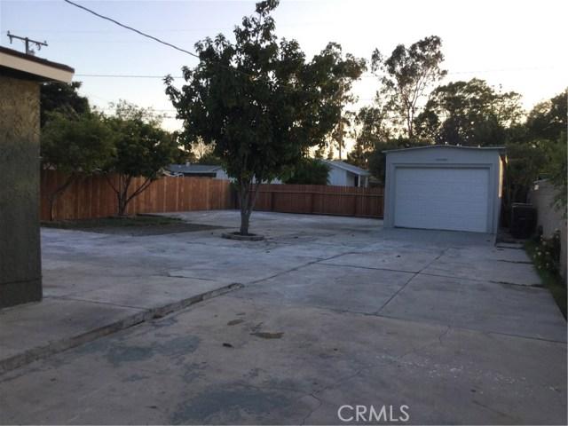 2040 Oak Street Santa Ana, CA 92707 - MLS #: OC17119054