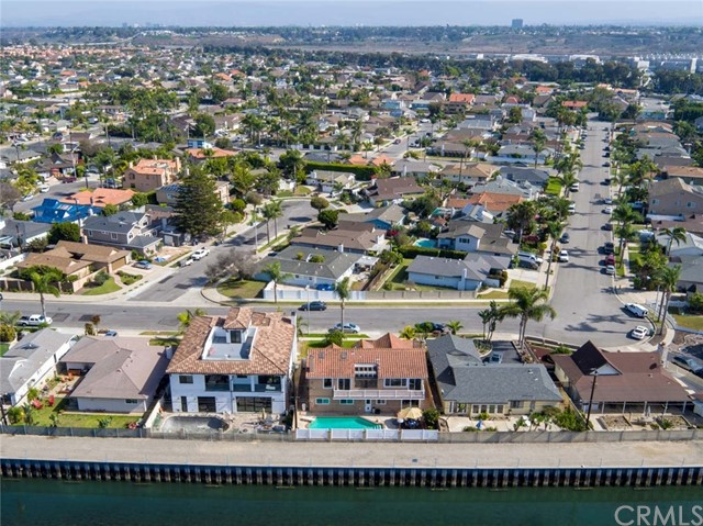 22201 Malibu Lane Huntington Beach, CA 92646 - MLS #: OC18028168