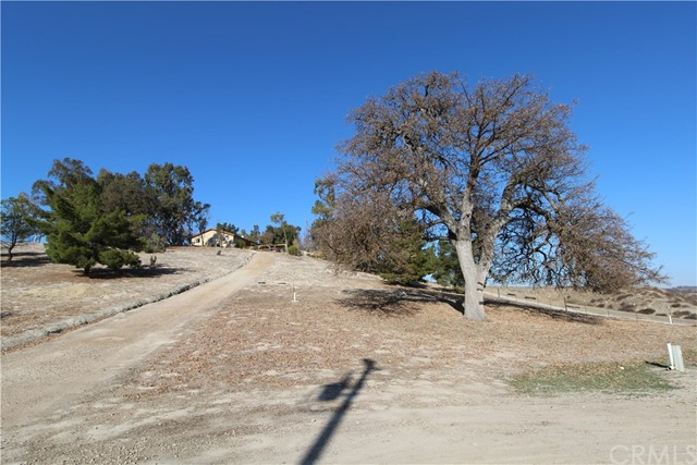 3960 Hord Valley Road, Creston CA: http://media.crmls.org/medias/24825be3-5a54-42ef-9a9c-65ca25160bb7.jpg