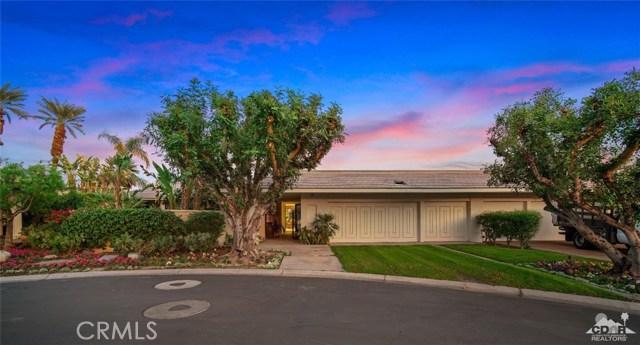 4 Exeter Court, Rancho Mirage CA: http://media.crmls.org/medias/248709ce-4233-42b4-9863-f42008ca7587.jpg