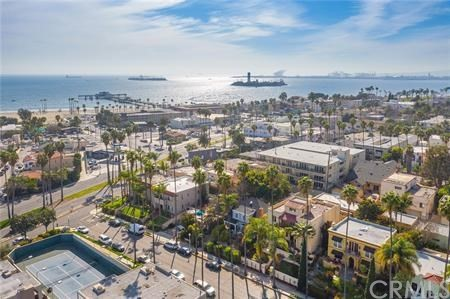 Photo of 117 Belmont Avenue, Long Beach, CA 90803