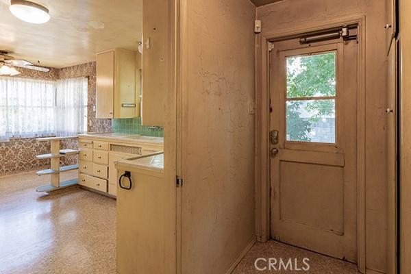 345 W Lemon Avenue, Arcadia CA: http://media.crmls.org/medias/248ab010-dc0e-462d-bb52-4fdc3bf39fae.jpg