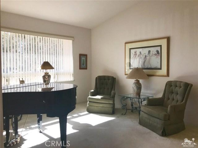 77528 Westbrook Court, Palm Desert CA: http://media.crmls.org/medias/248e40e7-e97f-43b8-9918-416cc40e2528.jpg