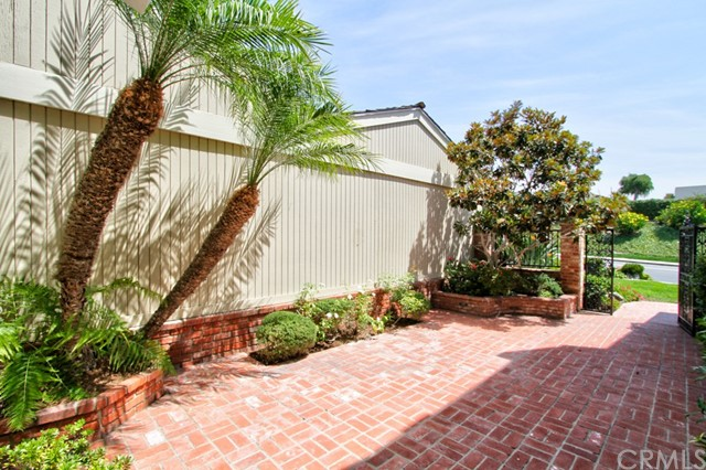 24131 Windward Drive, Dana Point CA: http://media.crmls.org/medias/24919587-498f-4d8f-a3d0-040332a7286b.jpg