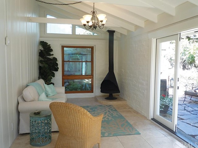 Single Family Home for Sale at 31701 Florence St Laguna Beach, California 92651 United States