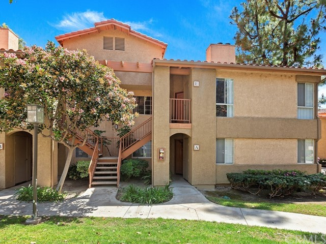 Detail Gallery Image 1 of 1 For 5025 Twilight Canyon Rd 32e,  Yorba Linda,  CA 92887 - 2 Beds | 2 Baths