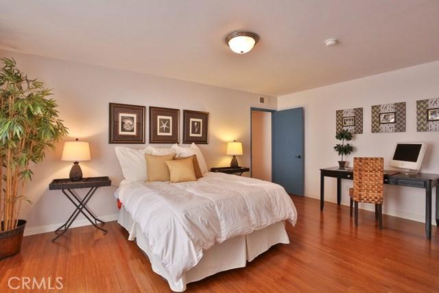 1639 Camden Avenue, Los Angeles CA: http://media.crmls.org/medias/24cf733a-ebb7-4417-9d32-3aafa313f4c5.jpg