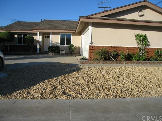 6231 Ludlow Avenue, Garden Grove CA: http://media.crmls.org/medias/24d0bae8-9568-4944-917f-8f2002ed06c3.jpg