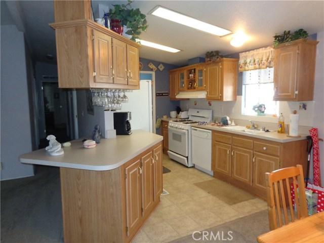 1251 E Lugonia Avenue, Redlands CA: http://media.crmls.org/medias/24d97fc9-a7cf-4be3-ab18-8dc6ae51164c.jpg