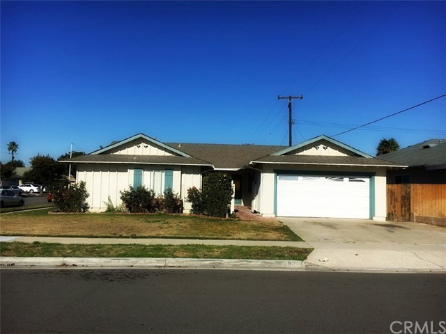 Single Family Home for Rent at 9411 Gull Circle Fountain Valley, California 92708 United States