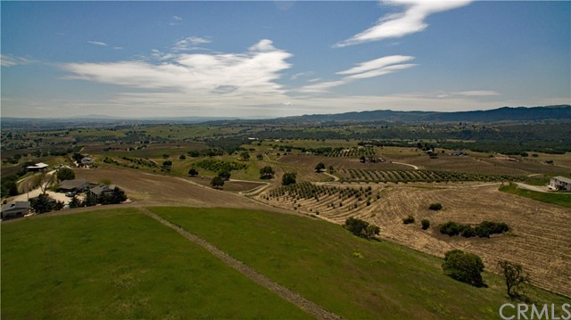 7560 Nonpariel Paso Robles, CA 93446 - MLS #: PR1065568
