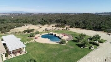 21810 The Trails Circle Murrieta, CA 92562 - MLS #: SW18178005
