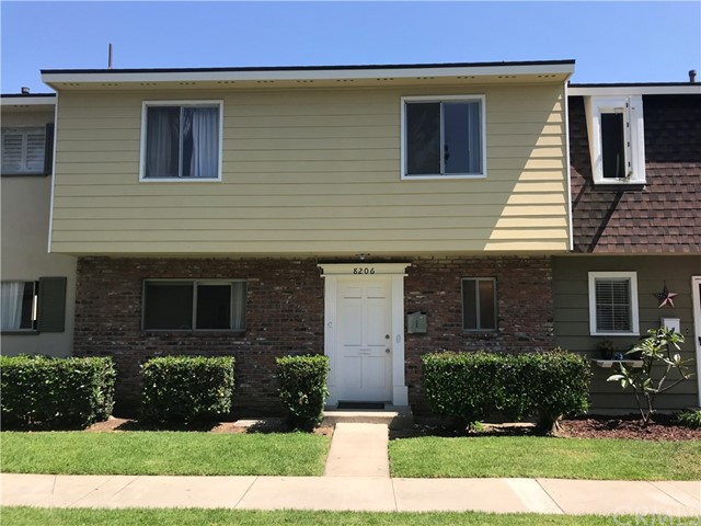 8206 Eastport Drive , CA 92646 is listed for sale as MLS Listing OC18160480