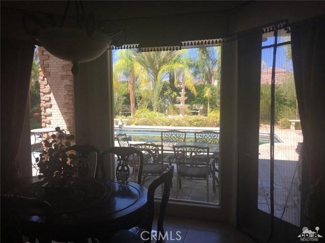 7 Maurice Court, Rancho Mirage CA: http://media.crmls.org/medias/252890b1-7e97-4737-9fe8-56ed70def6ae.jpg