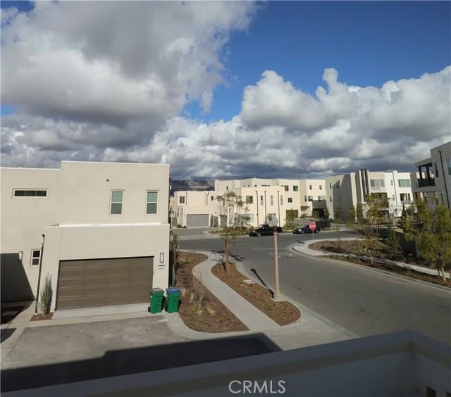 107 CATALYST, Irvine CA: http://media.crmls.org/medias/2528988a-5310-418f-93ca-9694f4a021a3.jpg