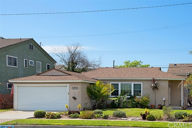 Single Family Home for Sale at 15381 Cedarwood Avenue Midway City, California 92655 United States
