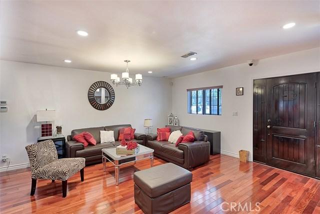 758 N Orange Drive Los Angeles, CA 90038 - MLS #: BB18266953