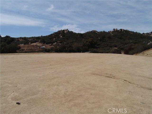 18 Hacienda, Murrieta CA: http://media.crmls.org/medias/253a0c71-8478-4a72-b0e8-18fe25517d07.jpg