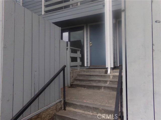 15113 Saticoy Street, Van Nuys CA: http://media.crmls.org/medias/253a7959-d6c0-4c63-aa56-928f24cf1191.jpg