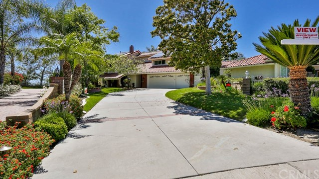 Single Family Home for Sale at 22145 Bande Mission Viejo, California 92691 United States
