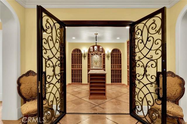 165 Circle Drive, Bradbury CA: http://media.crmls.org/medias/254981a6-b7c7-4006-b683-595d5f64af00.jpg